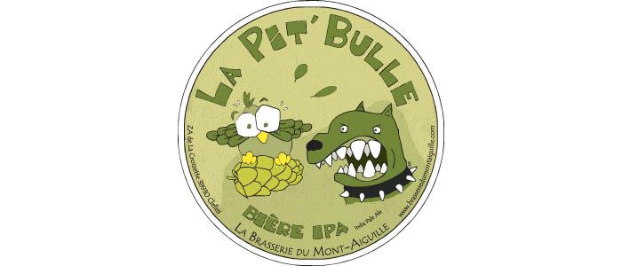 La Pit'bulle India Pale Ale (IPA) - 7° Coup de ❤ Au guide Hachette des Bières  Une découverte s'offre à vous. Une amertume franche équilibrée par de puissants arômes de houblons.