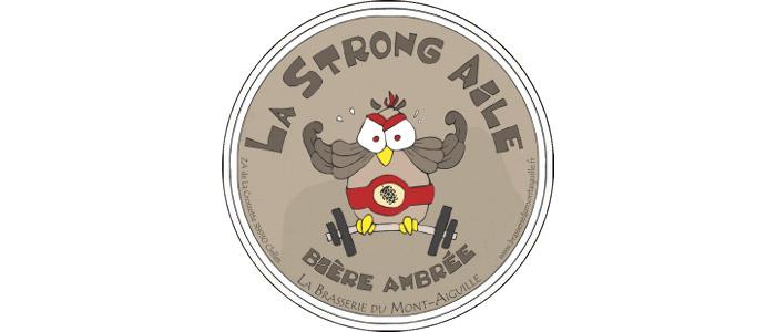 Strong Aile Bière Ambrée – 7.5° Les soirées froides vous donneront le sourire en dégustant cette bière. De la douceur et de la force, complétées par des arômes complexes de malts et de houblons.